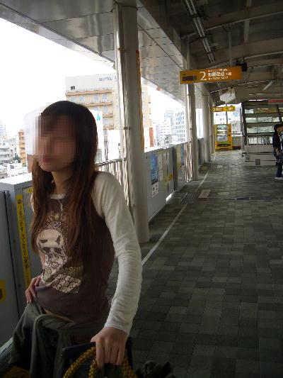 モノレールの駅にて.JPG