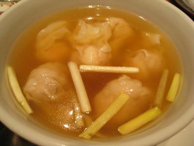 ワンタンスープ@菜香新館.JPG