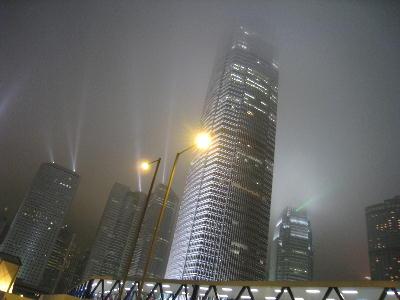香港一高いビル.JPG